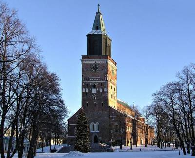 b2ap3_thumbnail_Turku_cathedral_26-Dec-2004.jpg
